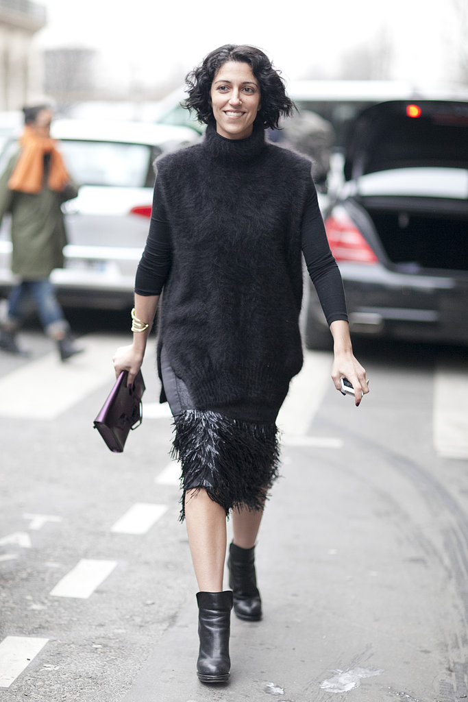 Fringed and fur made this all-black look all about the texture.