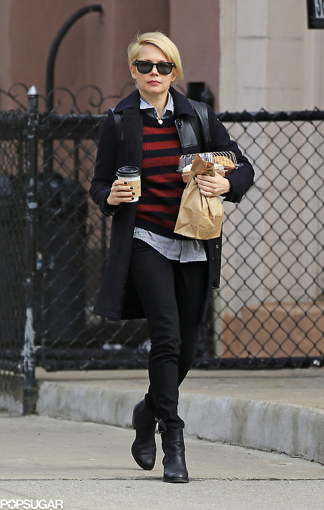 Michelle Williams grabbed coffee and breakfast to go in Brooklyn.