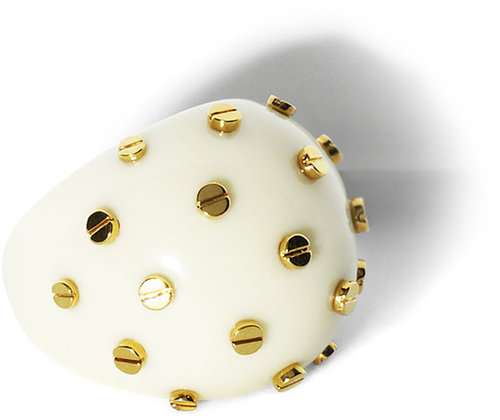 Resin Stud Ring Ivory