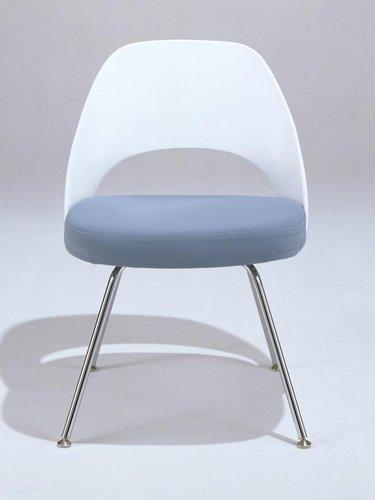 Knoll - Saarinen Executive Chair (Plastic Back)