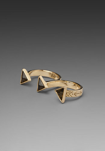 House of Harlow Resin Pyramid Double Finger Ring