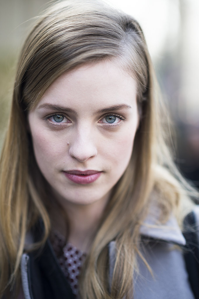 Julia Frauche's sideswept hair and pink lipstick made for a flirty and feminine look. Source: Le 21ème   Adam Katz Sinding