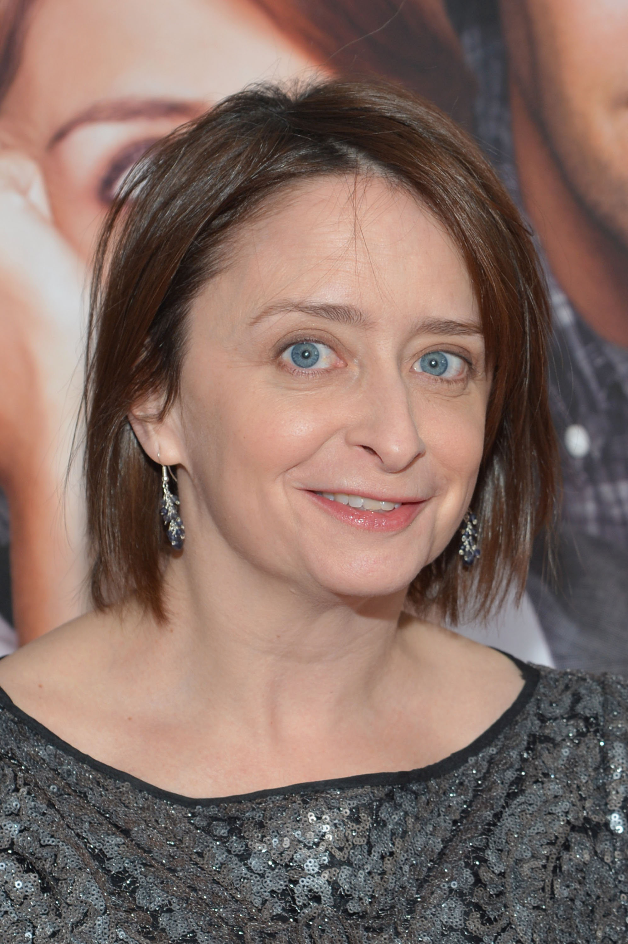 http://media4.popsugar-assets.com/files/2013/03/10/3/192/1922398/2f7881ca93e2b2f1_163175660_10/i/Rachel-Dratch-attended-premiere-silver-dress.jpg
