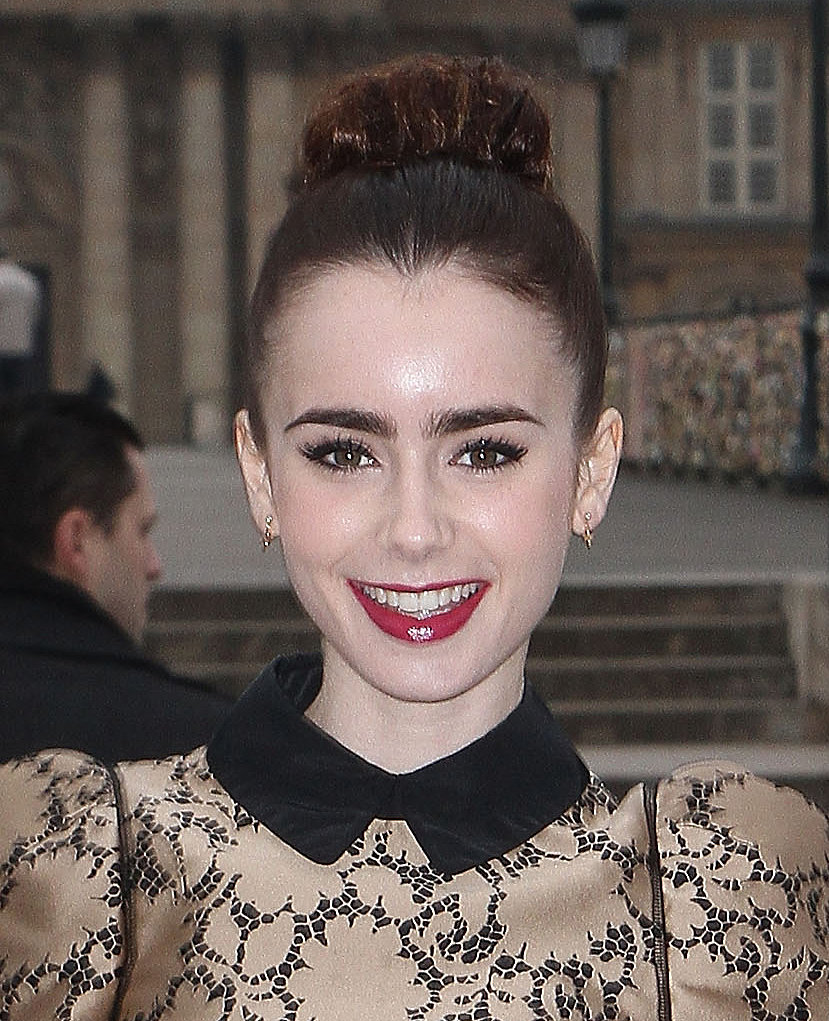 Lily Collins, Paris