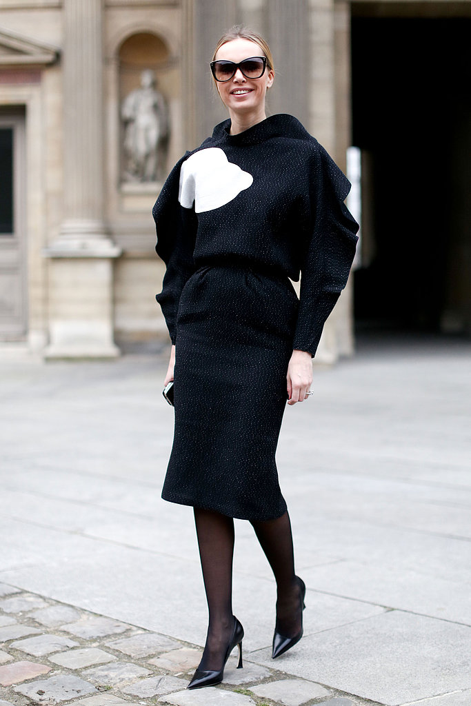 Architectural sleeves and a little more volume on top gave this sleek, ladylike look some edge.