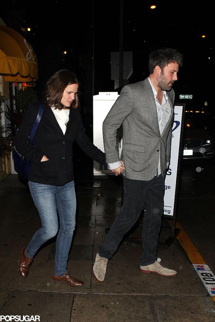 Ben Affleck and Jennifer Garner walked to their car.
