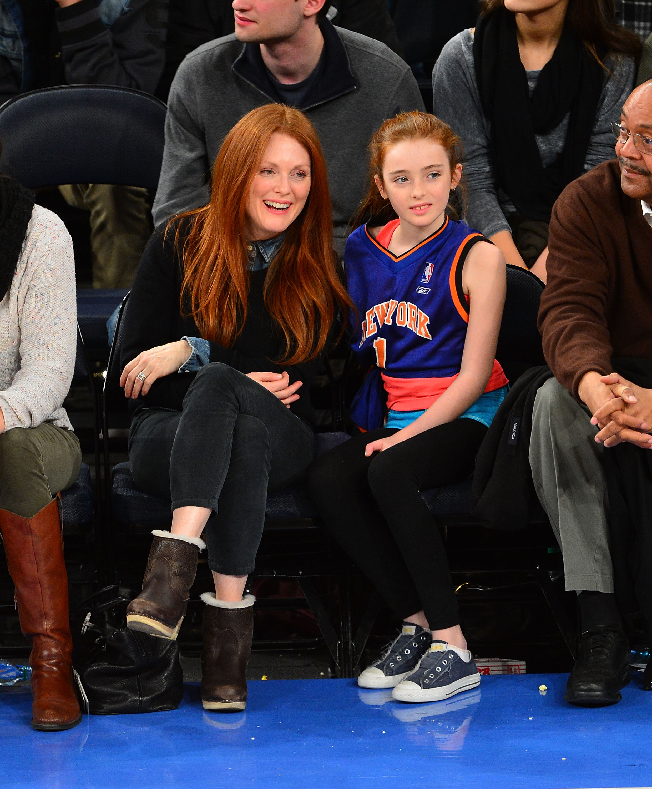 Julianne Moore took in a NY Knicks game with her adorable daughter, Liv Freundlich, in December 2012.