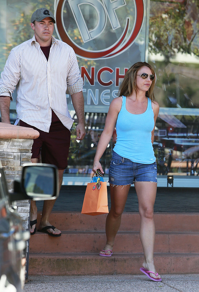 Britney Spears and her boyfriend, David Lucado, stopped by an LA tanning salon.