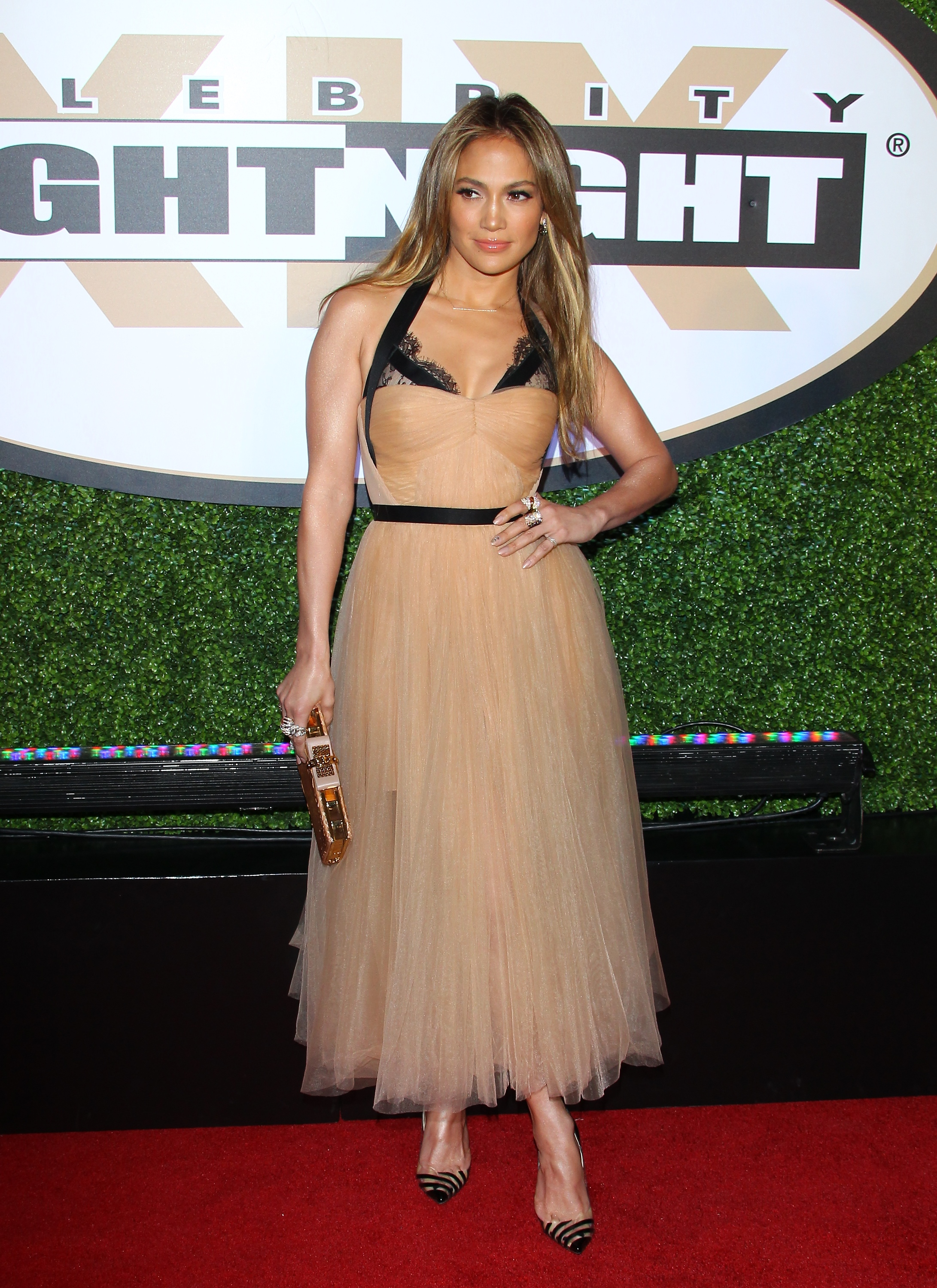 J Lo Gets Glamorous For a Charitable Night Out With Casper