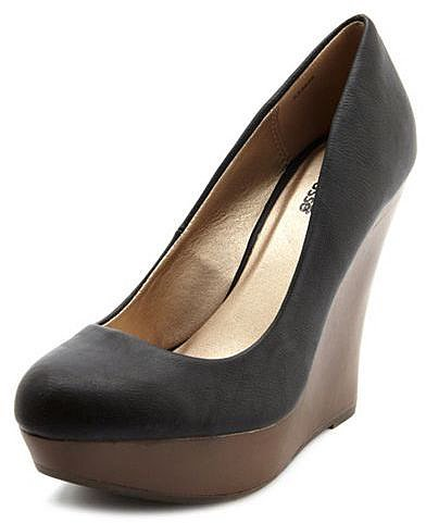 Wooden Wedge Posh Pump