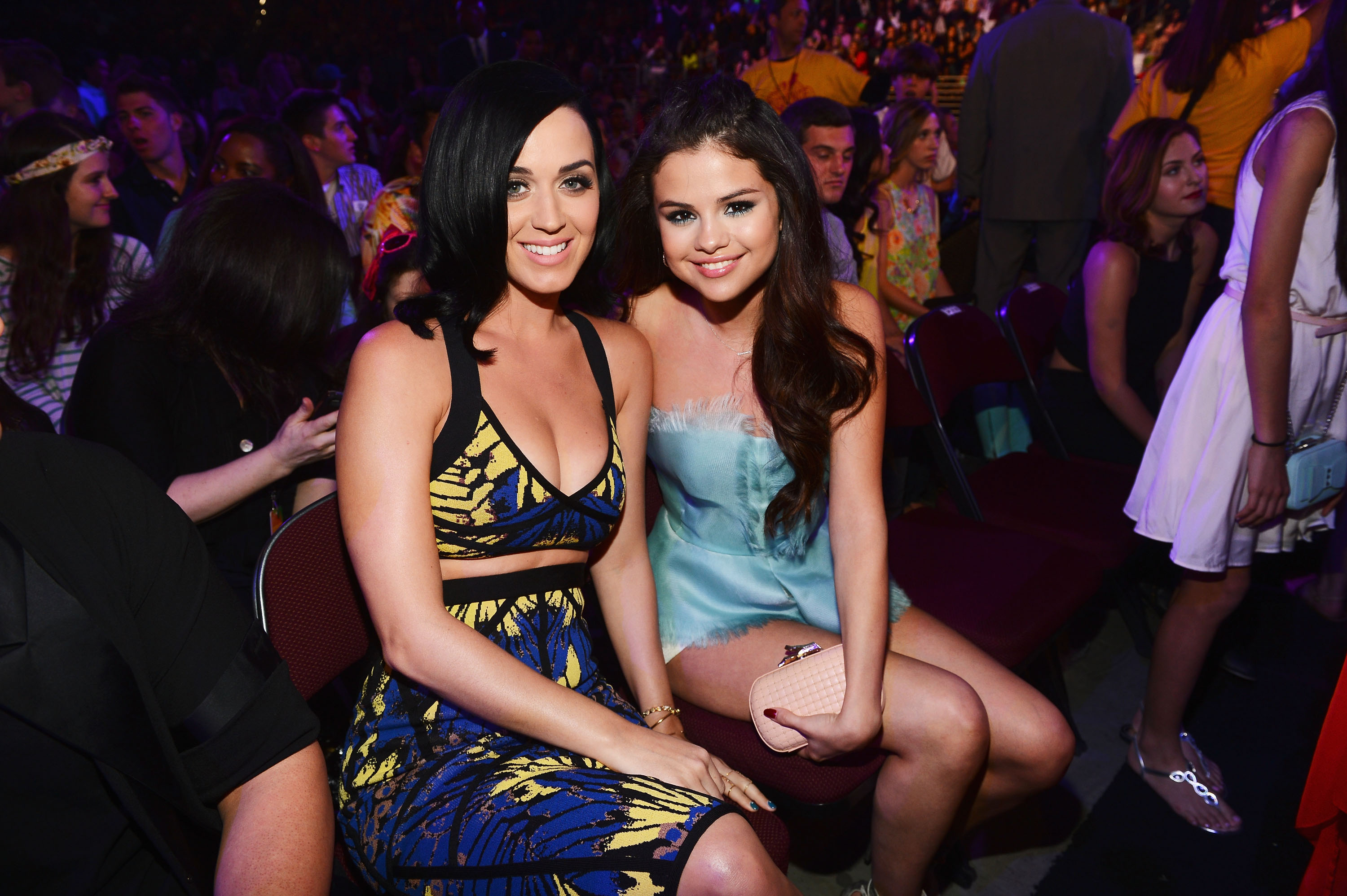 Katy Perry and Selena Gomez took seats next to each other in the audience of the Kids' Choice Awards.
