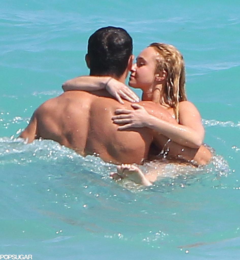 Hayden Panettiere kissed Wladimir Klitschko in the ocean.