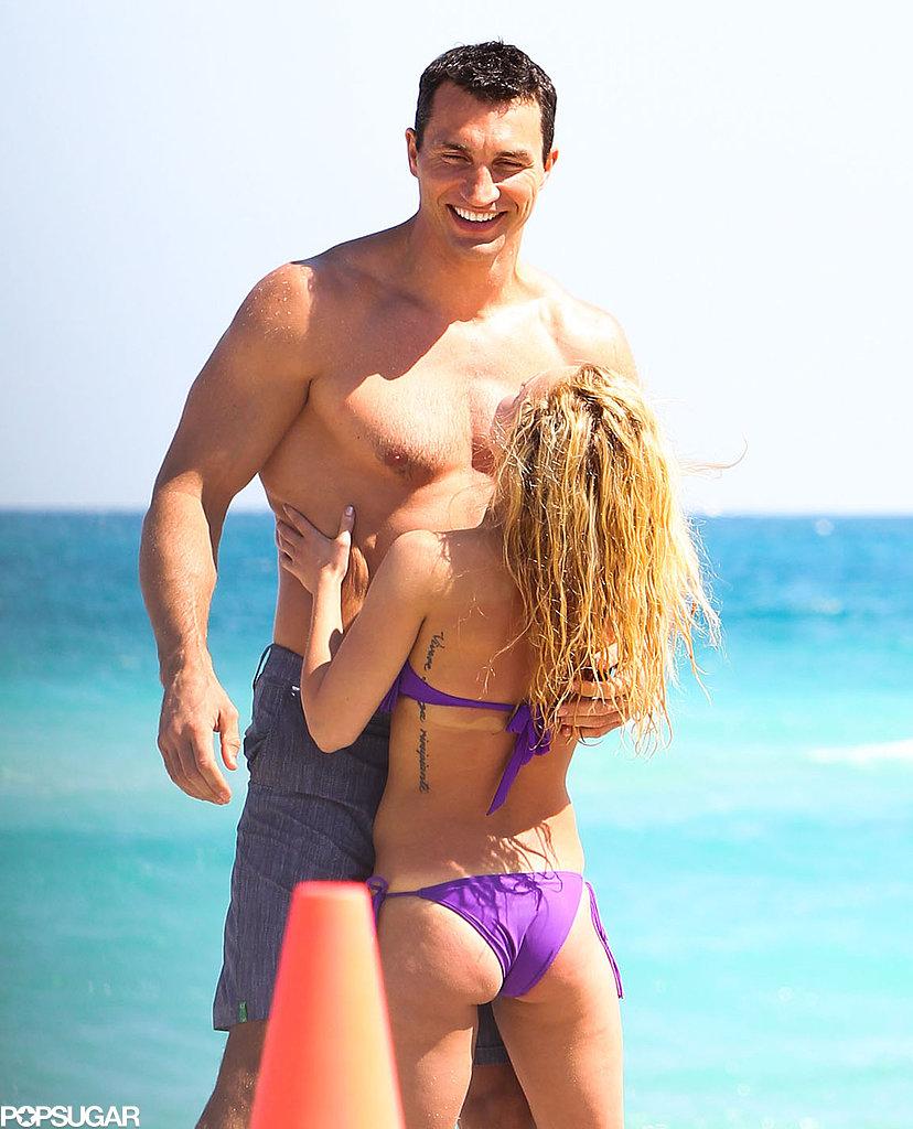 Hayden Panettiere showed love with her boyfriend in Miami.