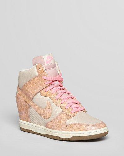 Nike Sneakers - Womens Dunk Sky Hi Vintage