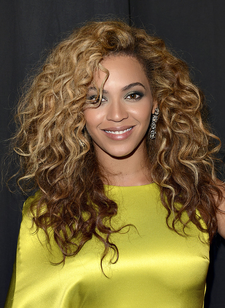 A smoky, metallic eye shadow look was a glamorous option for Beyoncé at the BET Awards in 2012.