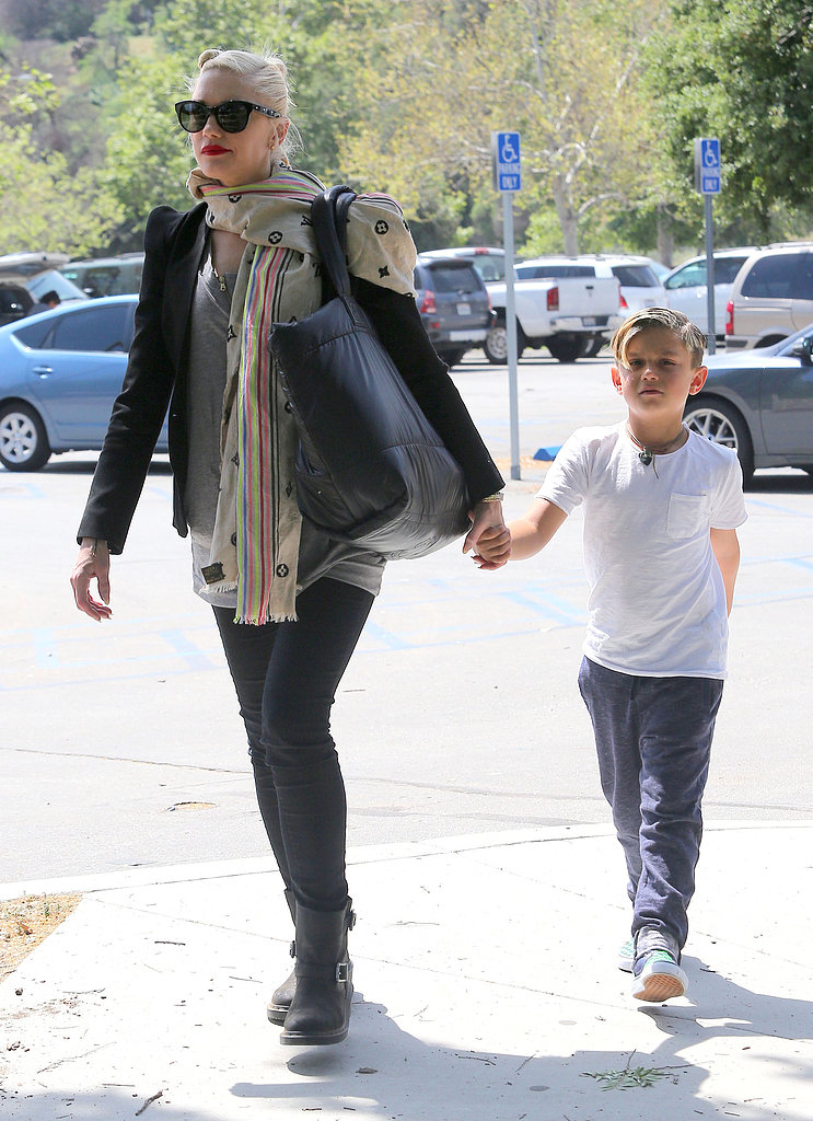Gwen Stefani held hands with Kingston Rossdale.