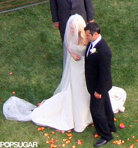 Natasha Bedingfield married Matt Robinson in Malibu during March of 2009.