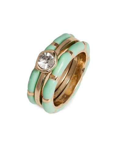 Mint Solitaire Rings