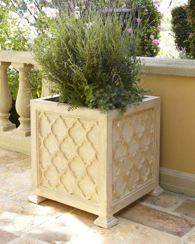 Outdoor Quatrefoil Planter