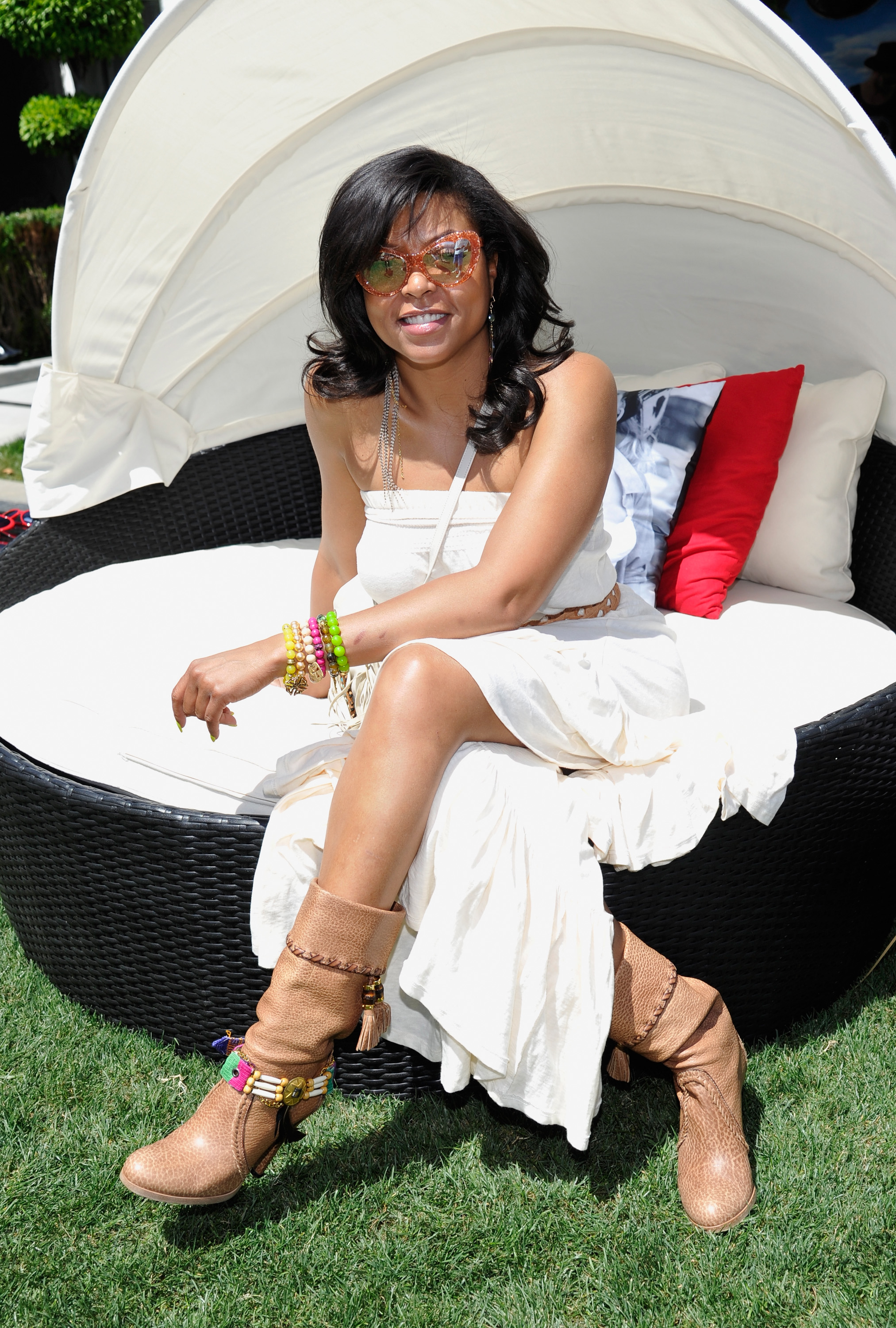 Taraji P. Henson lounged in the sun at Coachella's Guess Hotel in 2013.