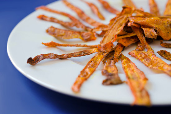 Baked Curried Carrot Chips