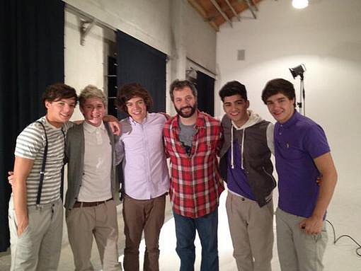 Judd Apatow hung out with the boys of One Direction. Source: Twitter user JuddApatow