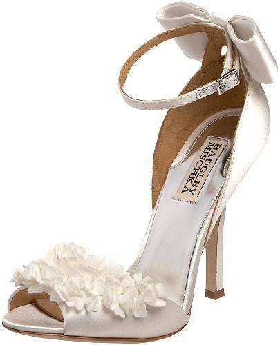 Badgley Mischka Women's Lelah Frilly Sandal