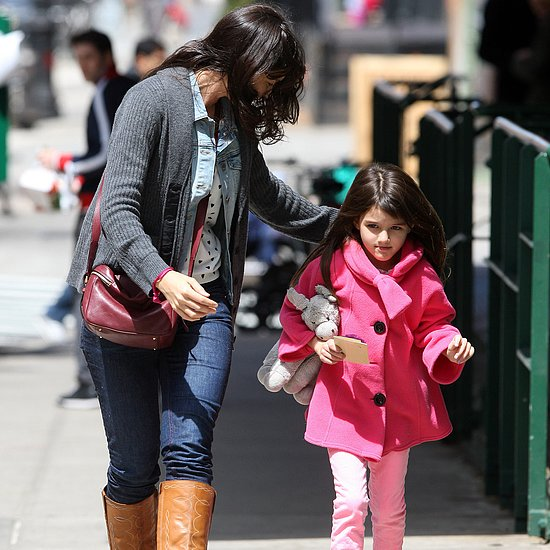 Katie Holmes Brings Suri to Spa | Video