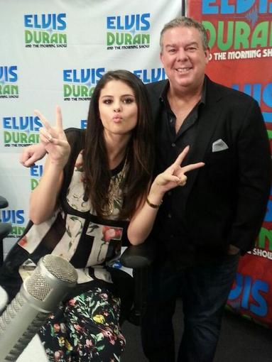 Selena Gomez wore a floral 3.1 Phillip Lim ensemble to hang with radio-show host Elvis Duran. Source: Twitter u
