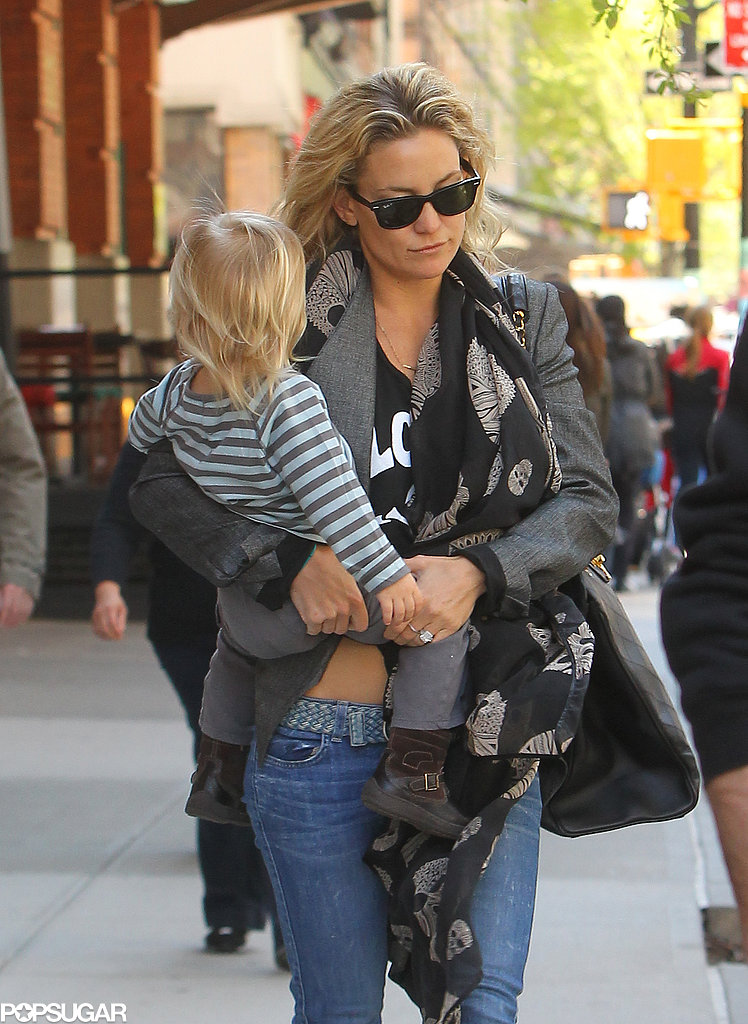 Kate Hudson carried her son Bingham Bellamy in NYC on Thursday.