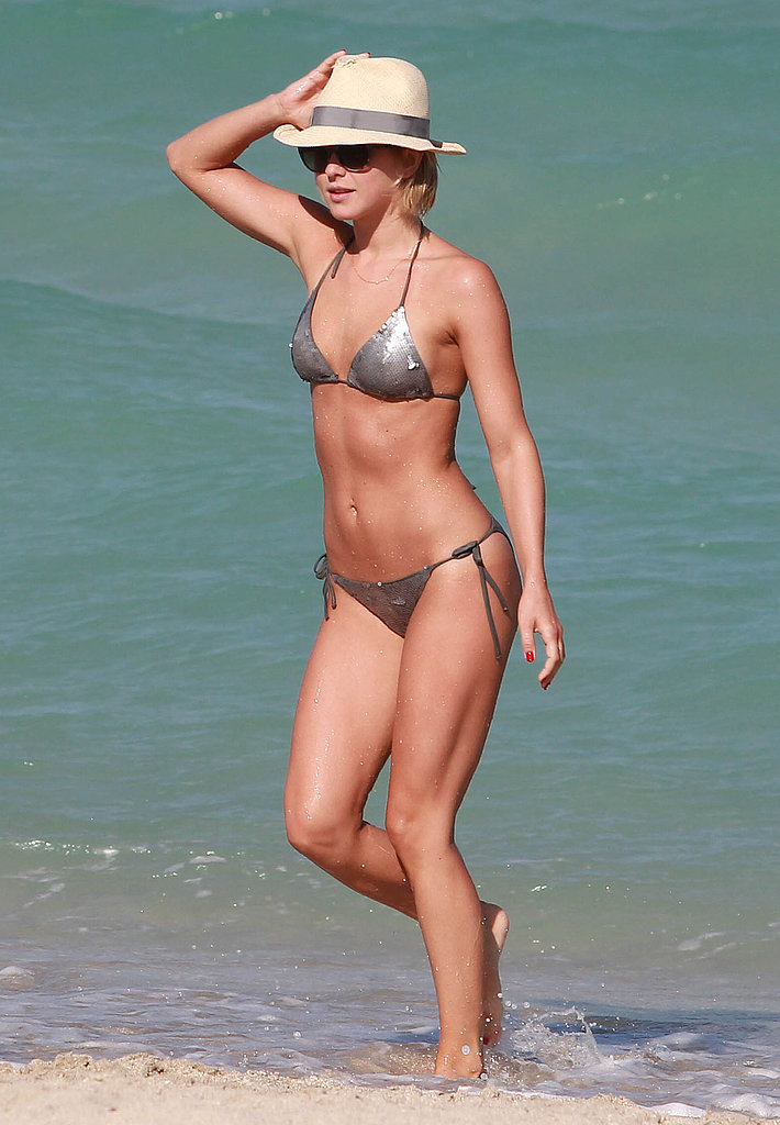 Julianne Hough got out of the water in Miami in April 2013.