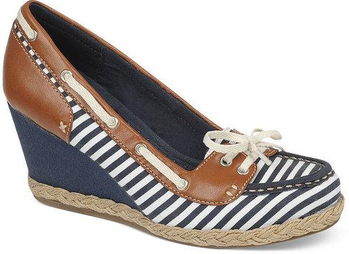 Dr. Scholl's Shoes, Belize Boat Shoe Wedges