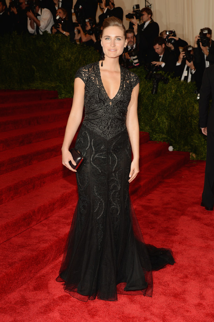 Lauren Bush Lauren went for all black in a plunging Ralph Lauren gown and a matching box clutch.