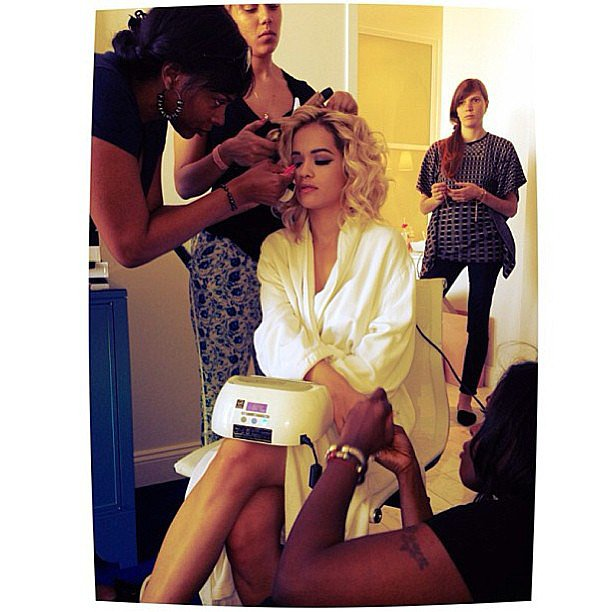Rita Ora opted for a gel manicure and voluminous curls while she primped for the Met Gala. Source: Instagram user ritaoraoffic