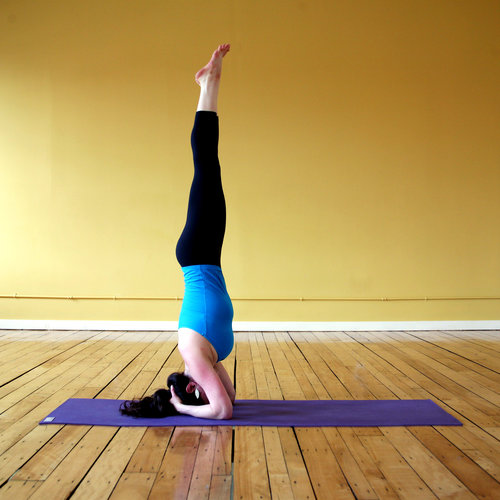 How to Strengthen Abs in Headstand