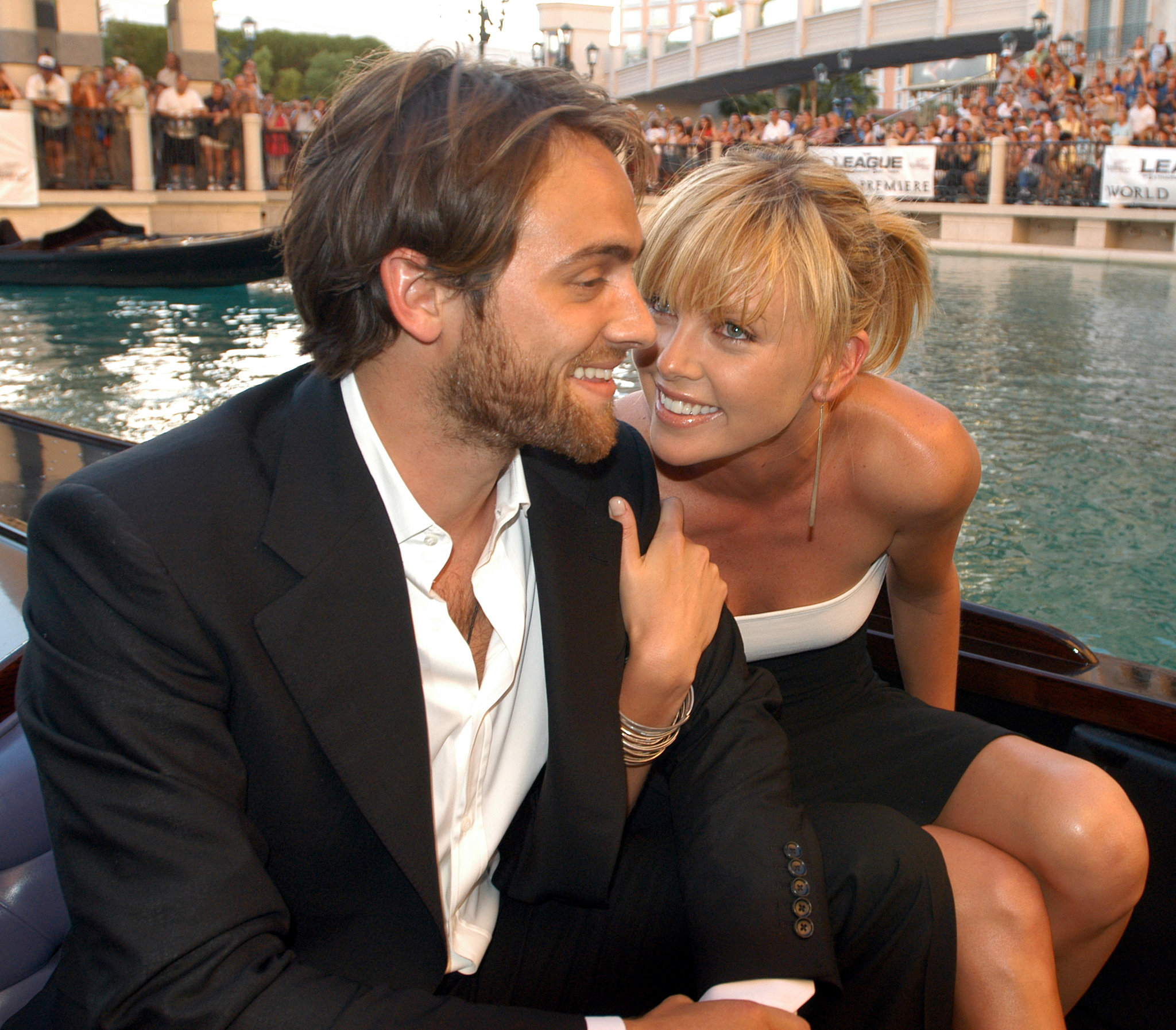 In June 2003, Charlize Theron and Stuart Townsend took a gondola to the Vegas premiere of The League of Extraordinary Gentlemen.