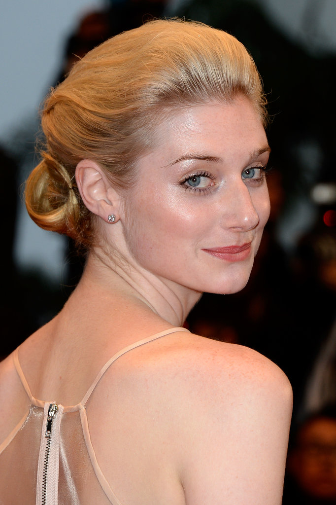 Elizabeth went for a romantic chignon look at The Great Gatsby premiere.