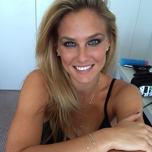 Bar Refaeli was glammed up for a photo shoot. Source: Instagram user barrefaeli