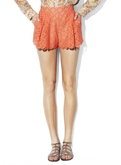 Two by Vince Camuto Pleated Lace Shorts