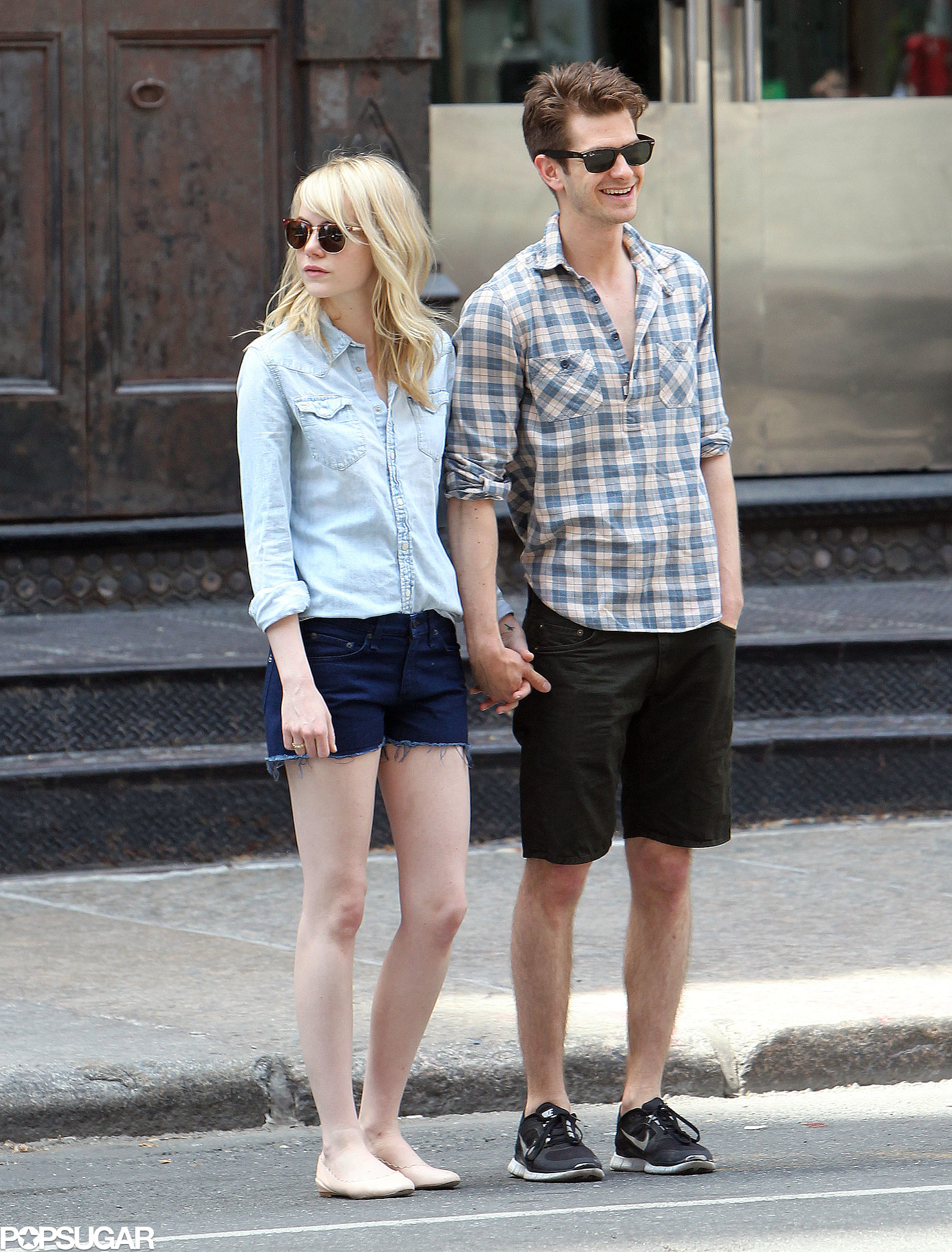 Emma Stone and Andrew ... Andrew Garfield Engaged