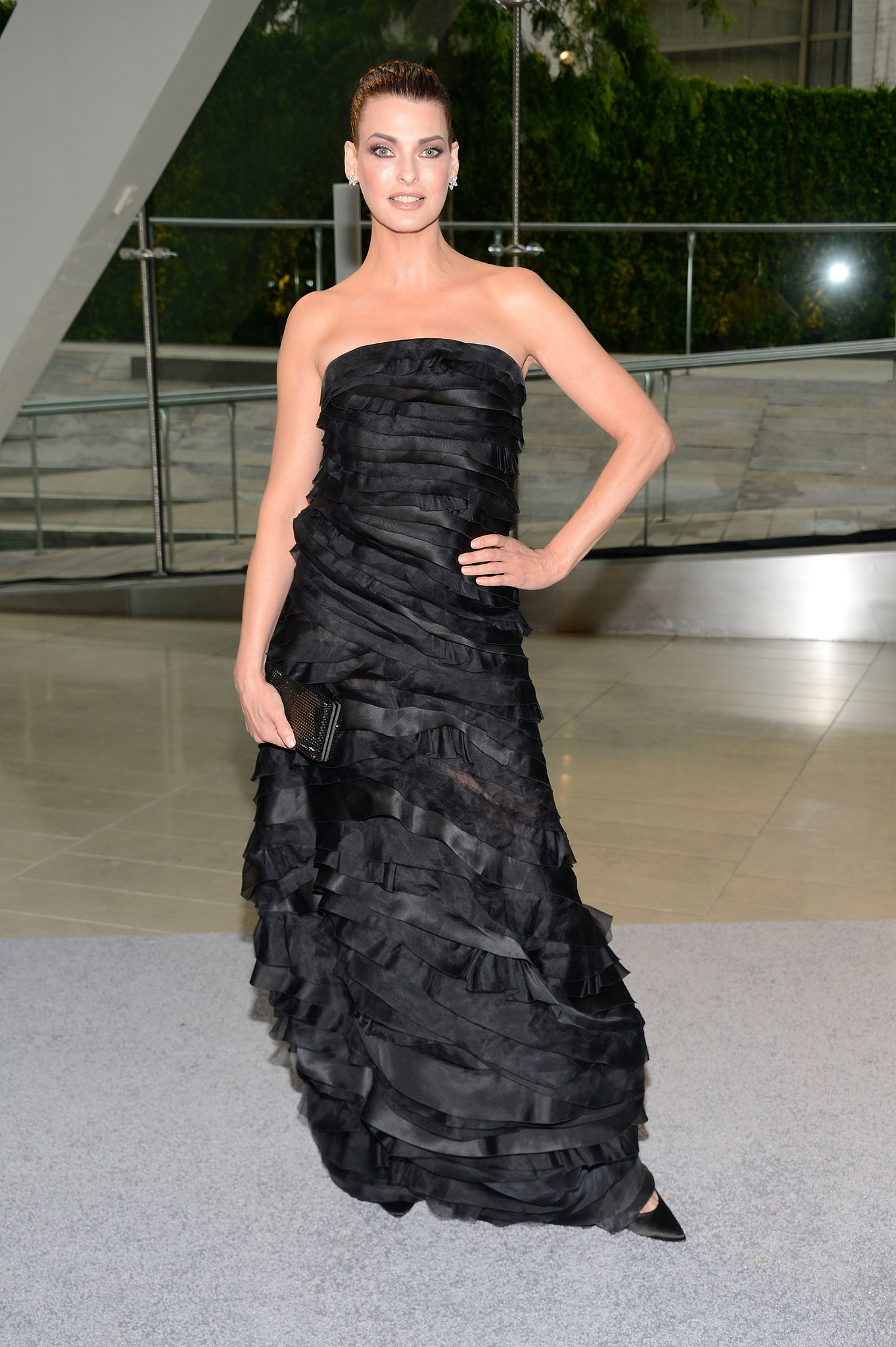 Linda Evangelista, in Oscar de la Renta, at the 2013 CFDA Awards.
