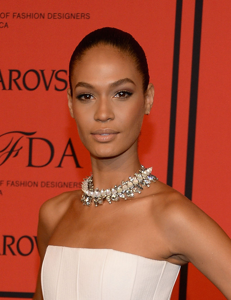 Forget low-key: Joan Smalls amped up her CFDA Fashion Awards style with a chic, slicked-back updo and sultry smoky eyes.