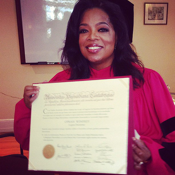 Oprah posed with her honorary degree from Harvard University. Source: Instagram user oprah