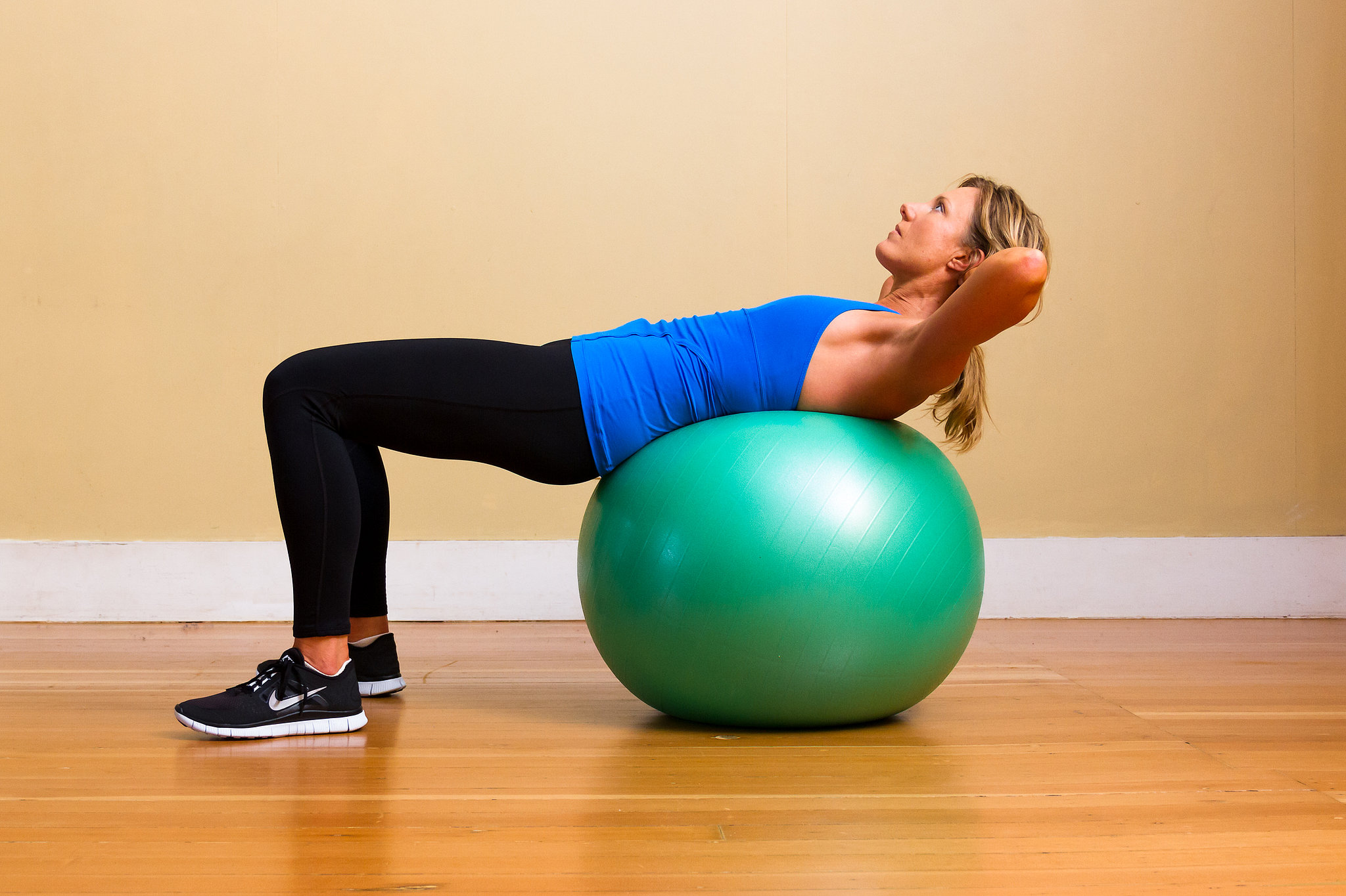 How Long Does It Take to Lose Belly Fat on the Pilates Ball?