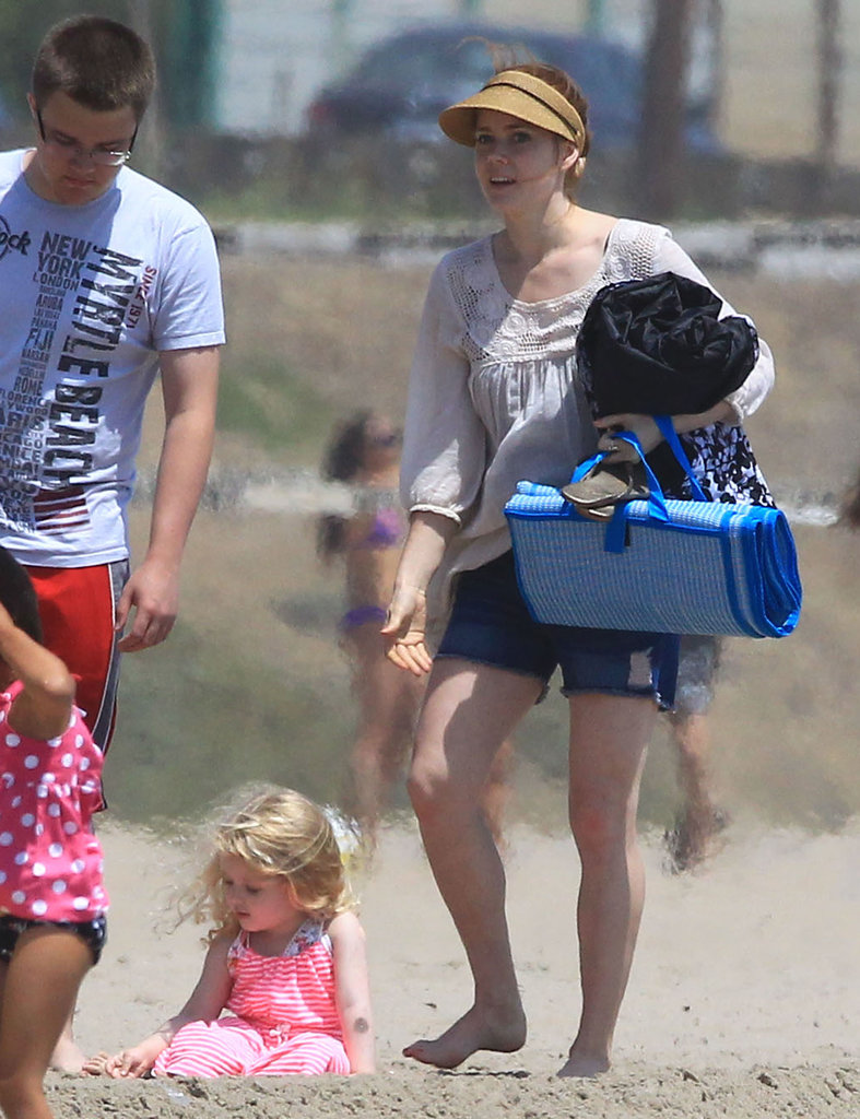 Amy Adams soaked up the sun on an LA beach with her daughter Aviana Saturday.