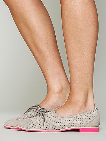 Free People's Sury brogue oxfords ($80) come with a fabulous hot pink sole — how sweet!