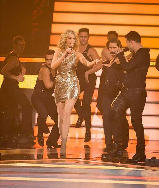 Constantina & Louise used vintage Oroton glomesh to make this shimmy-worthy dress for Delta's performance with co-coach Ricky Martin.