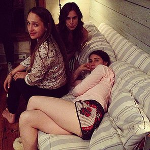 Lena-Dunham-snapped-photo-her-Girls-costars-Jemima-Kirke