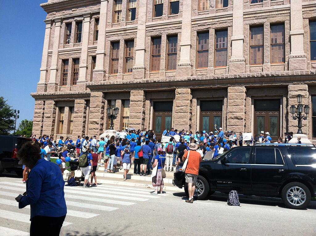 On another side of the Texas Capitol building, pro-life activists gathered. Source: Twitter user tjoelchris