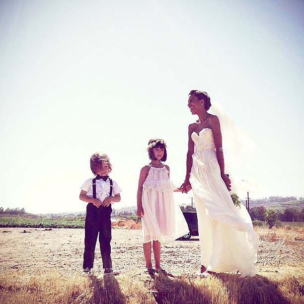 Grasie Mercedes posed with her flower girl and ring bearer. Source: Instagram user mpekurovskaya